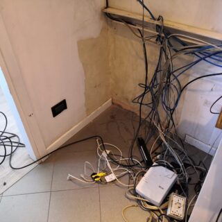 https://www.jumpcomputer.it/wp-content/uploads/armadio-rack-nuova-milano-2-prima-dellintervento-2-320x320.jpeg